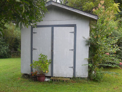 The Gardening Cooks begs your help to make her sad and forlorn little shed happy;  http://thegardeningcook.com/my-garden-shed-needs-some-tlc/