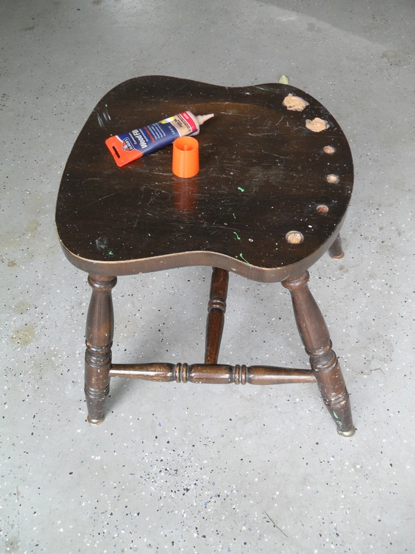 jack a broken chair becomes a halloween stool, halloween decorations, painted furniture, seasonal holiday decor