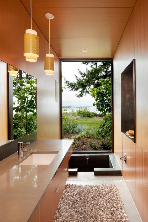 Master Bathroom Ofuro _ Ellis Residence, Coates Design Architects, Seattle (photo by Lara Swimmer)