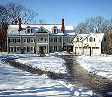 connecticut colonials, architecture, Exterior of Colonial style home built in Ridgefield CT by Louis Bothwell