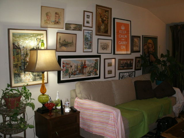 i would like to repaint my living room a neutral color that would go with my, painted furniture, One side