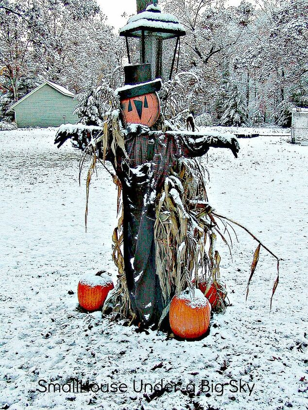 An early Michigan snow caught this scarecrow unaware.