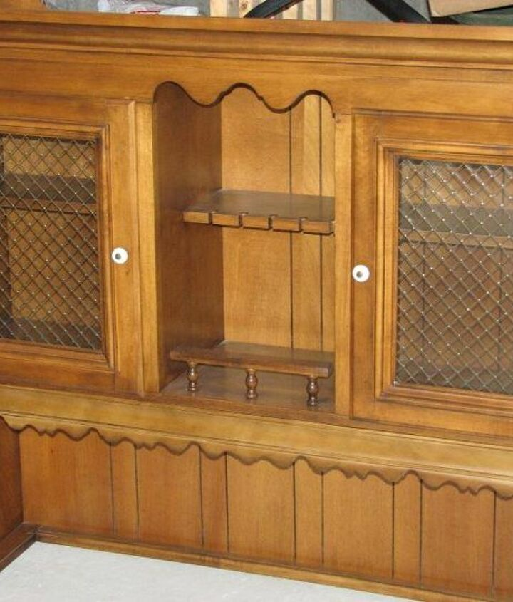 Before photo of the hutch