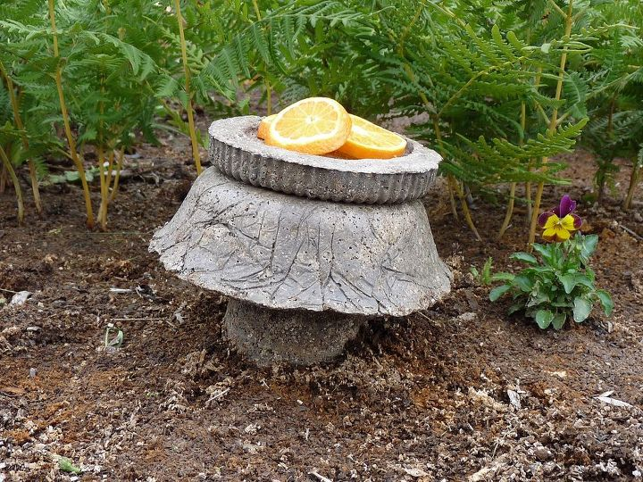 Stacking different shapes can create a feeding station or a birdbath