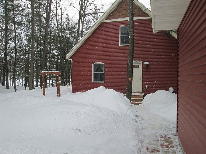 several of your facebook posts remind me of our northern michigan home, curb appeal