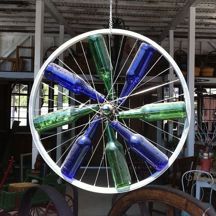 First find an old bike wheel...this one was found at a shop in Oakhurst, CA