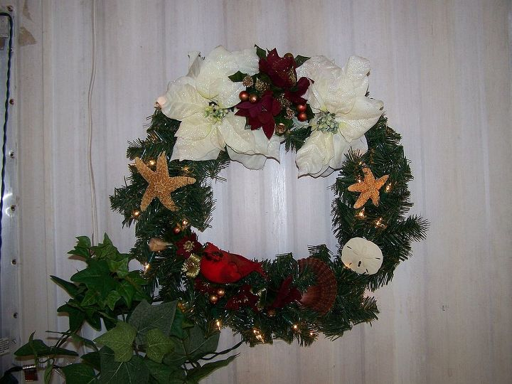 christmas wreaths i made about 5 yrs ago and forgotten about it, christmas decorations, crafts, seasonal holiday decor