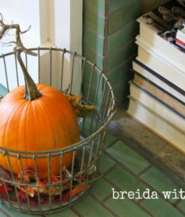 long overdue fall mantle makeover, fireplaces mantels, living room ideas, seasonal holiday decor