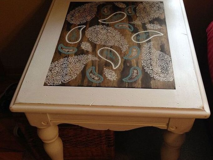 end table makeover with ascp and stencils, painted furniture