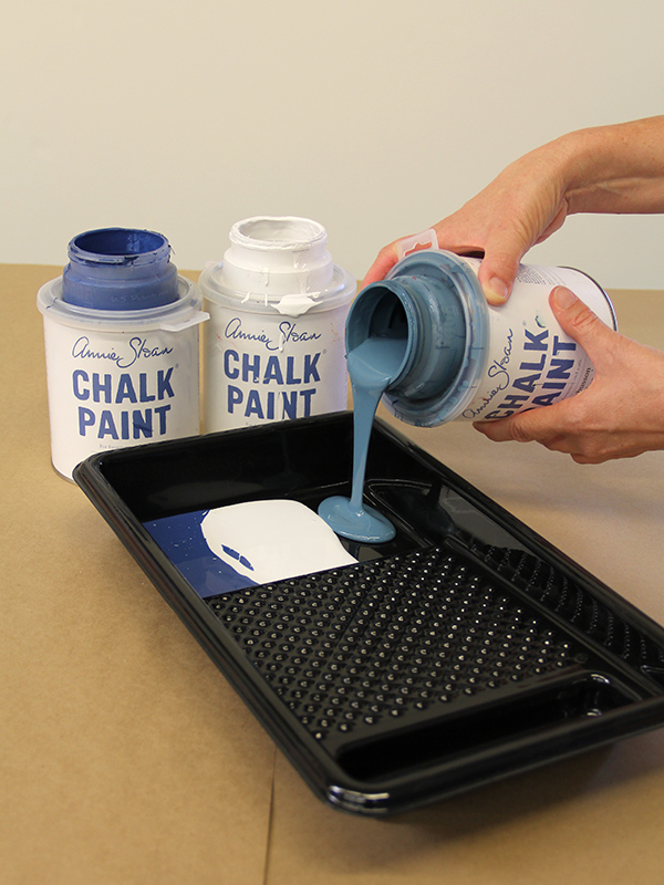 Pour 3 colors of Chalk Paint® into a paint tray-keeping colors separate. http://www.royaldesignstudio.com/blogs/how-to-stencil/7855395-stencil-how-to-faded-silk-suzani-fabric-finish