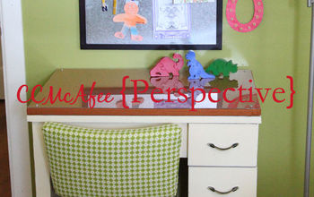 sewing desk into kids desk, painted furniture, Here it is with the chair I did last week
