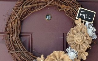 diy burlap and fall wreath, chalkboard paint, crafts, seasonal holiday decor, wreaths, My finished wreath