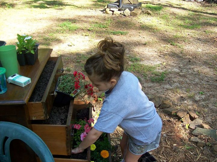 flower chest of drawers with granddaughter, flowers, gardening, repurposing upcycling