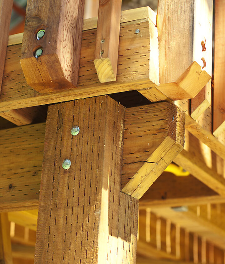What one of the joist holding it on the non-tree side looked like.