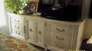 q found some really neat drawers that came out of dresser dresser is missing, cleaning tips, container gardening, gardening, repurposing upcycling, This dresser was purchased at an auction for 50 then painted creamy white to match the marble top Very good quality furniture I hit the jack pot on this purchase Triple dresser with marble top No damage just changed the color
