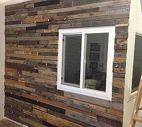 Reclaimed Wood Wall, Repurposing Upcycling, Wall Decor, Woodworking  Projects, Finished