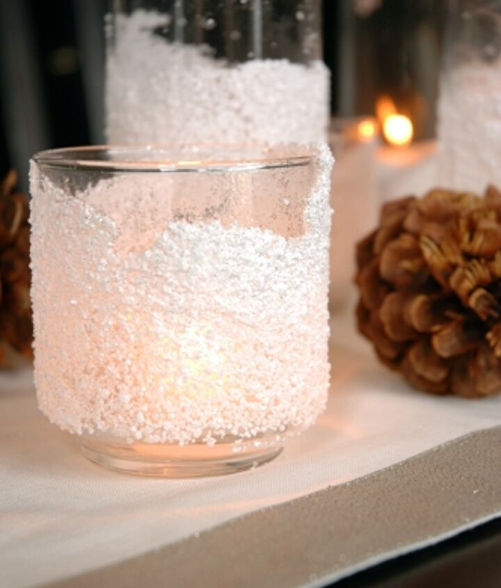 Once dry, add a tealight candle inside the glass for a beautiful glow.