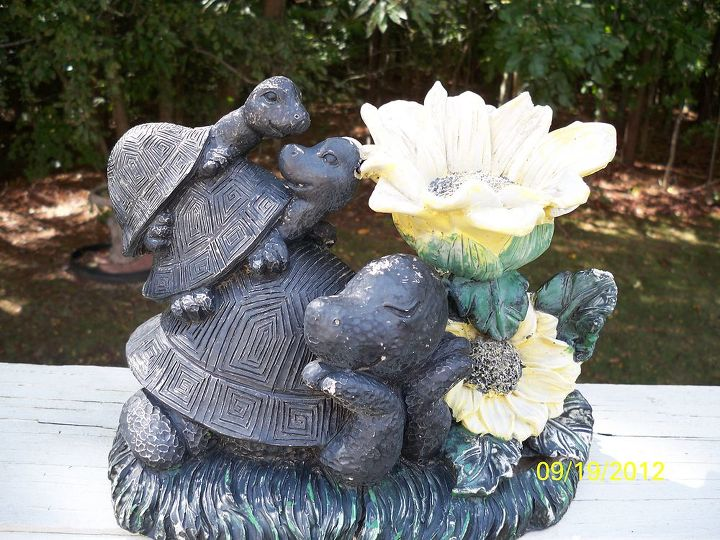 part 2 garden figurine makeover, gardening, MOMMA 2 BABIES PRETTY DULL HUH I also discovered I had two of this statue but since I got carried away with their makeover I forgot to take a pic so this one is a stand in I ll get around to it later