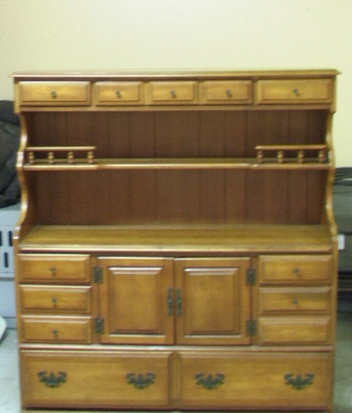 q am wanting to redo this cabinet, kitchen cabinets, painting