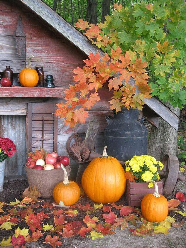 happy fall everyone, outdoor living, seasonal holiday decor, Happy Fall