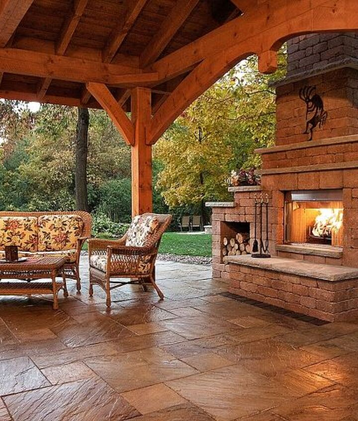 Outdoor living room example