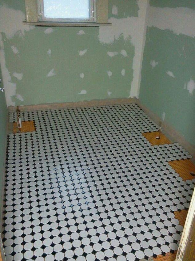 update hubby got the bathroom floor down today what do ya think, bathroom ideas, flooring, I love my bathroom floor