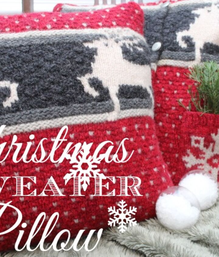 These pillows speak of Christmas with the deer and snowflakes.  Warm and cozy and perfect for a traditional Christmas style.