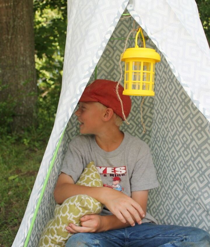 backyard tee pee from the dollar store, outdoor living