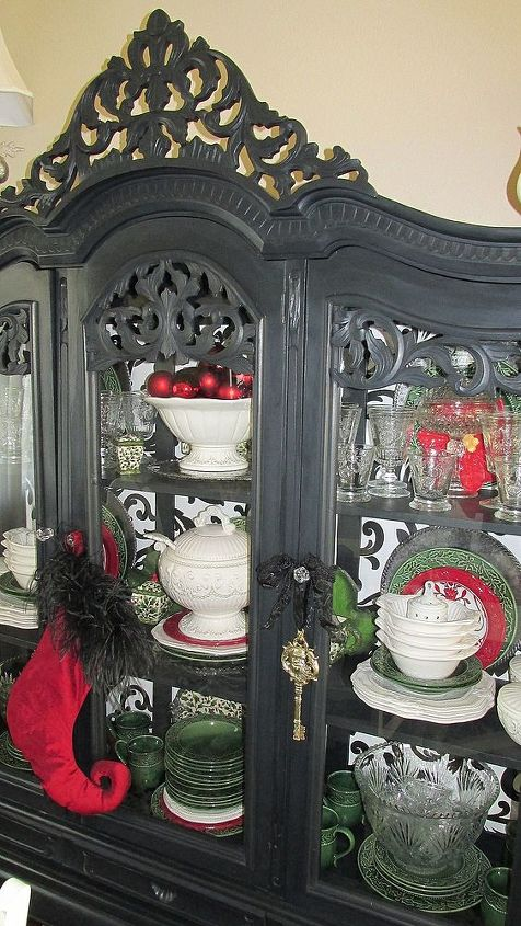 AFTER: SO glad I found the 2nd ad on craigslist and bought the missing crown. The crown just makes it, I love this hutch!