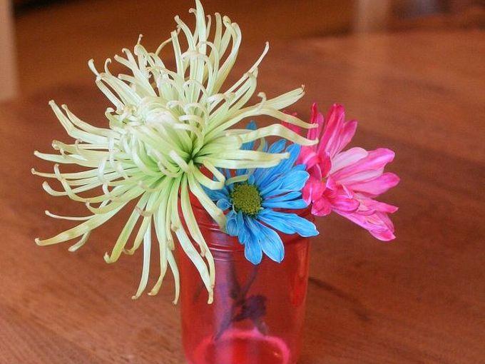 tinted mason jar flower vase for valentine s day, crafts, decoupage, flowers, mason jars, seasonal holiday decor, valentines day ideas, Tinted mason jar flower vase