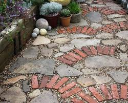 I love the look of mixed brick & stone to create pathways, sidewalks or patios