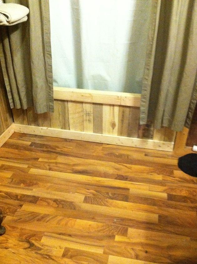 tub panel, bathroom ideas, home decor, pallet, wall decor, woodworking projects