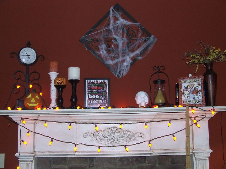 happy halloween, crafts, halloween decorations, seasonal holiday decor, wreaths, Halloween Mantel