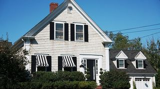 q 1952 cape cod, curb appeal, diy, painting