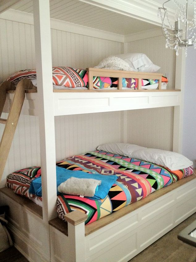 Custom Made Bunkbeds for Girls - The second level is where the family sleeps in a master bedroom and two bedrooms – one for the girls and one for the boys.