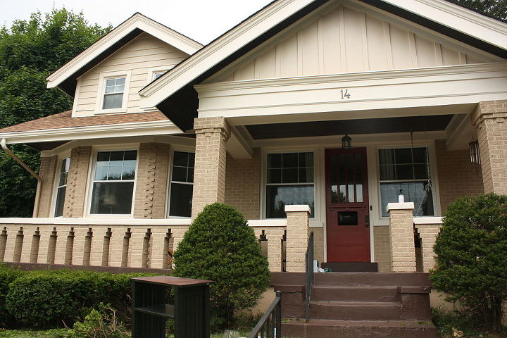 what style would you say this home is my best guess is bungalow, architecture, curb appeal