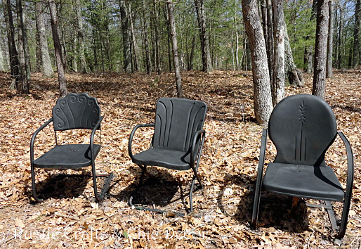 I then had to prime the chairs with a rusty metal primer by Rustoleum.