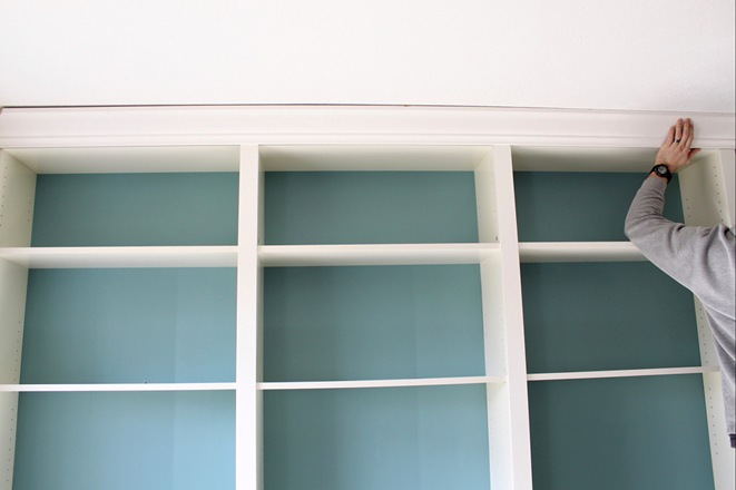 A thick crown molding added the final touch.