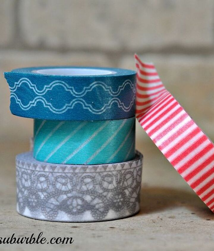 I collected washi tapes that complimented each other.