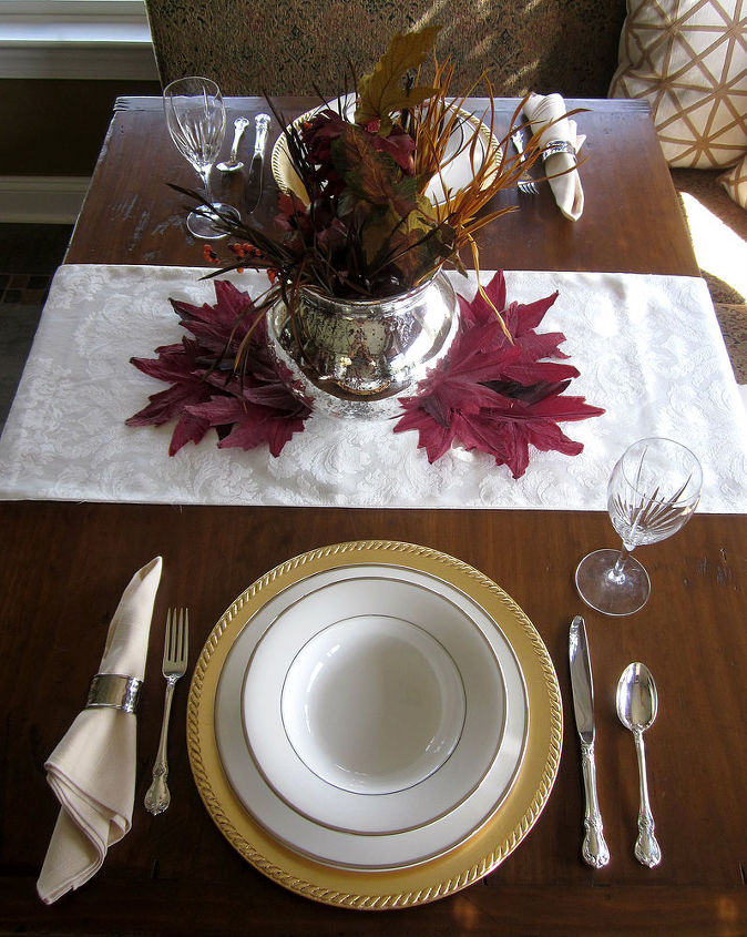 http://christinasadventures.com/2012/09/fall-tablescape-and-why-you-should-date-your-husband.html