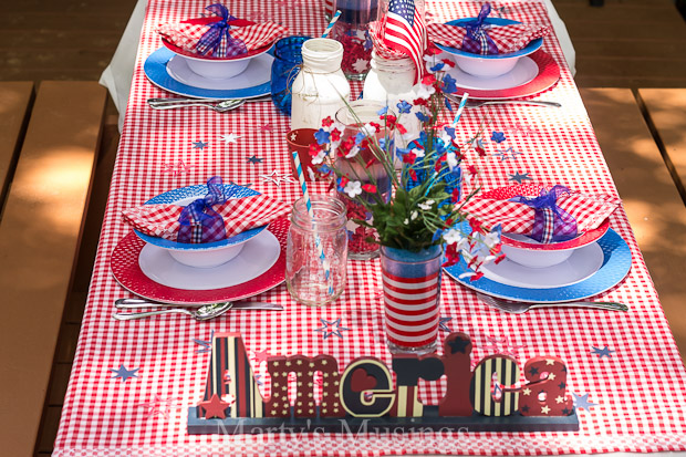 Celebrate the Fourth With This Easy and Inexpensive Table Setting ...