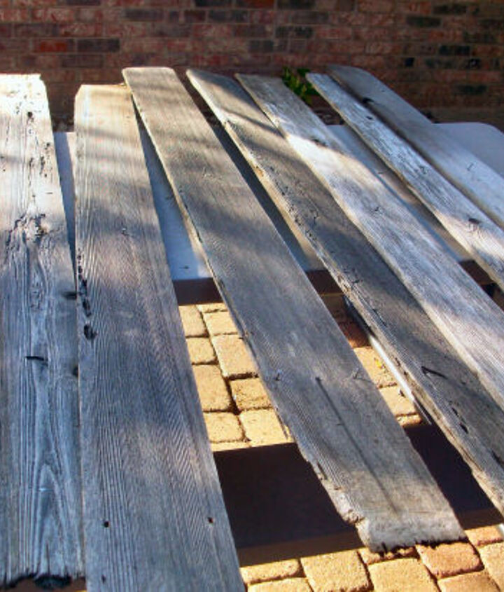rustic coffee table from old cedar fence boards, diy, painted furniture, rustic furniture