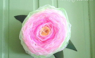 how to make a bath pour rose wreath, I painted some cardboard cutout leaves to add a finishing touch
