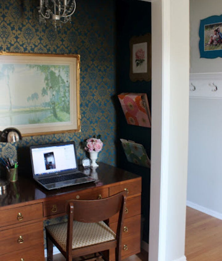Stenciled wall, file folders and a small desk make the perfect area for all our papers and bills.