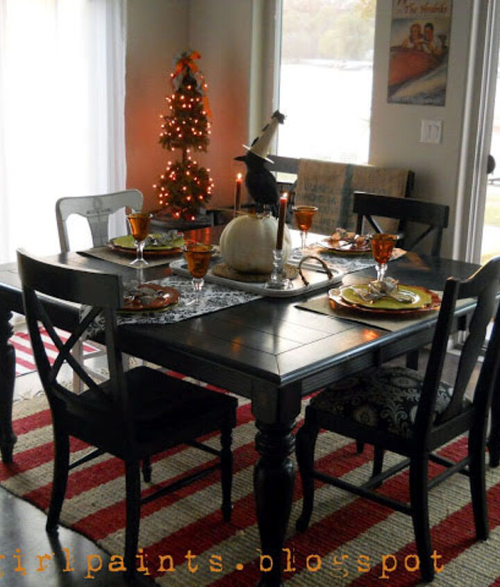 change the look of your dining room table, painted furniture