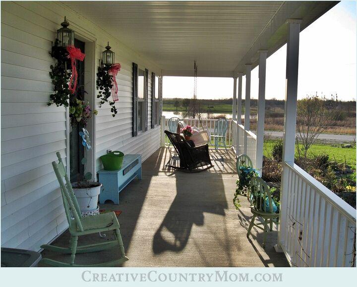 spring decor on my farmhouse porch, curb appeal, home decor, outdoor living, porches