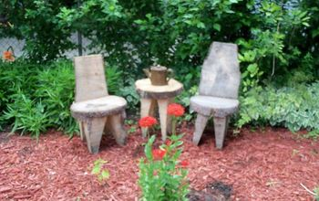 Cute Tree-trunk Table and Chairs for the Garden