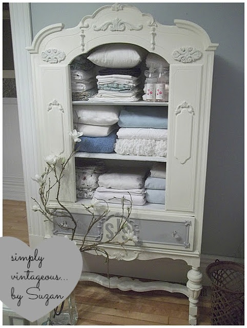 antique china cabinet to linen chest, chalk paint, kitchen cabinets, painted  furniture, - Antique China Cabinet To Linen Chest Hometalk
