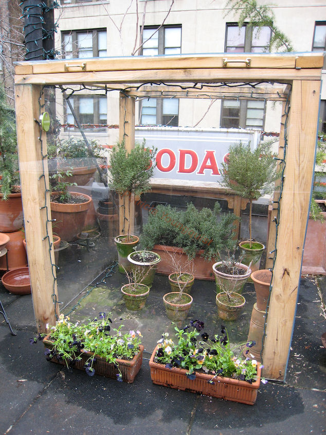 """Cold Frame CLOSED Year One. This was included in a """"How my Urban Garden Grows (Influence of my Grandfather) @ http://www.thelastleafgardener.com/2010/01/how-my-urban-garden-grows-highly.html"""