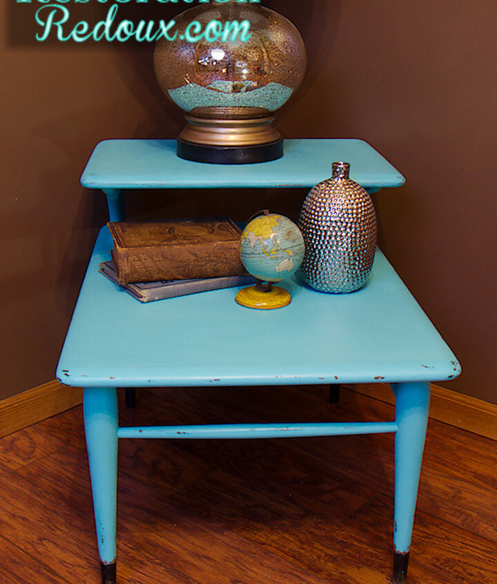 vintage turquoise sidetable, painted furniture